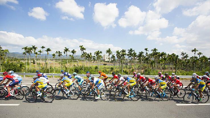 环岛赛背景资料:     环海南岛国际公路自行车赛(简称环岛赛)创办于