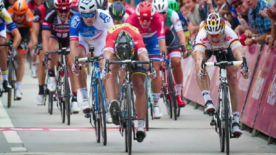环比荷卢第4赛段:萨甘险胜格莱佩尔 排行总成绩首位