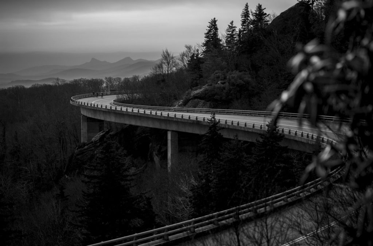 Alexander-Steinker-Cold-Morning-on-the-Blue-Ridge-Parkway-Viaduct.--1024x67702.jpg