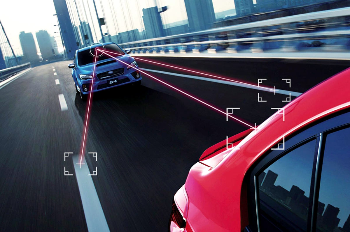 Subaru-Eyesight-Lane-Keeping-and-Collision-Avoidance-Subaru_副本.jpg
