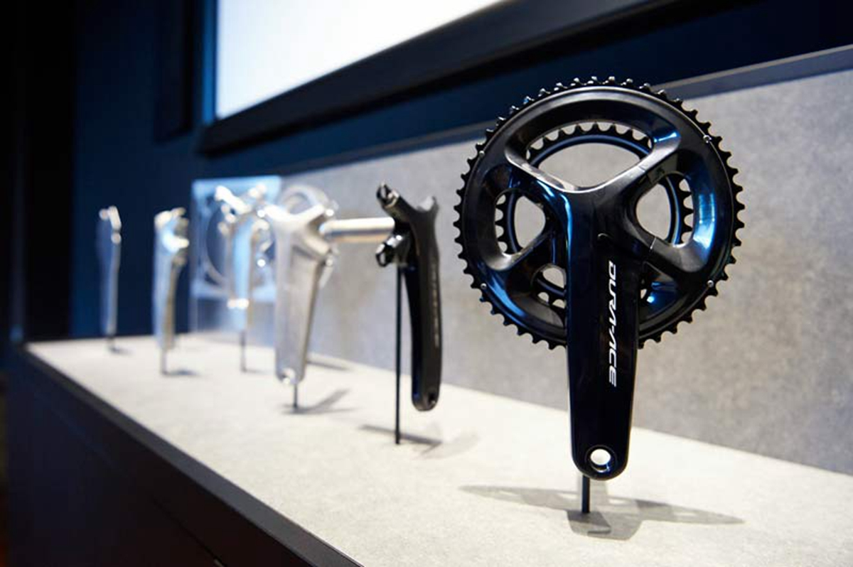 shimano-factory-tour-forming-cold-forged-cranksets02.jpg