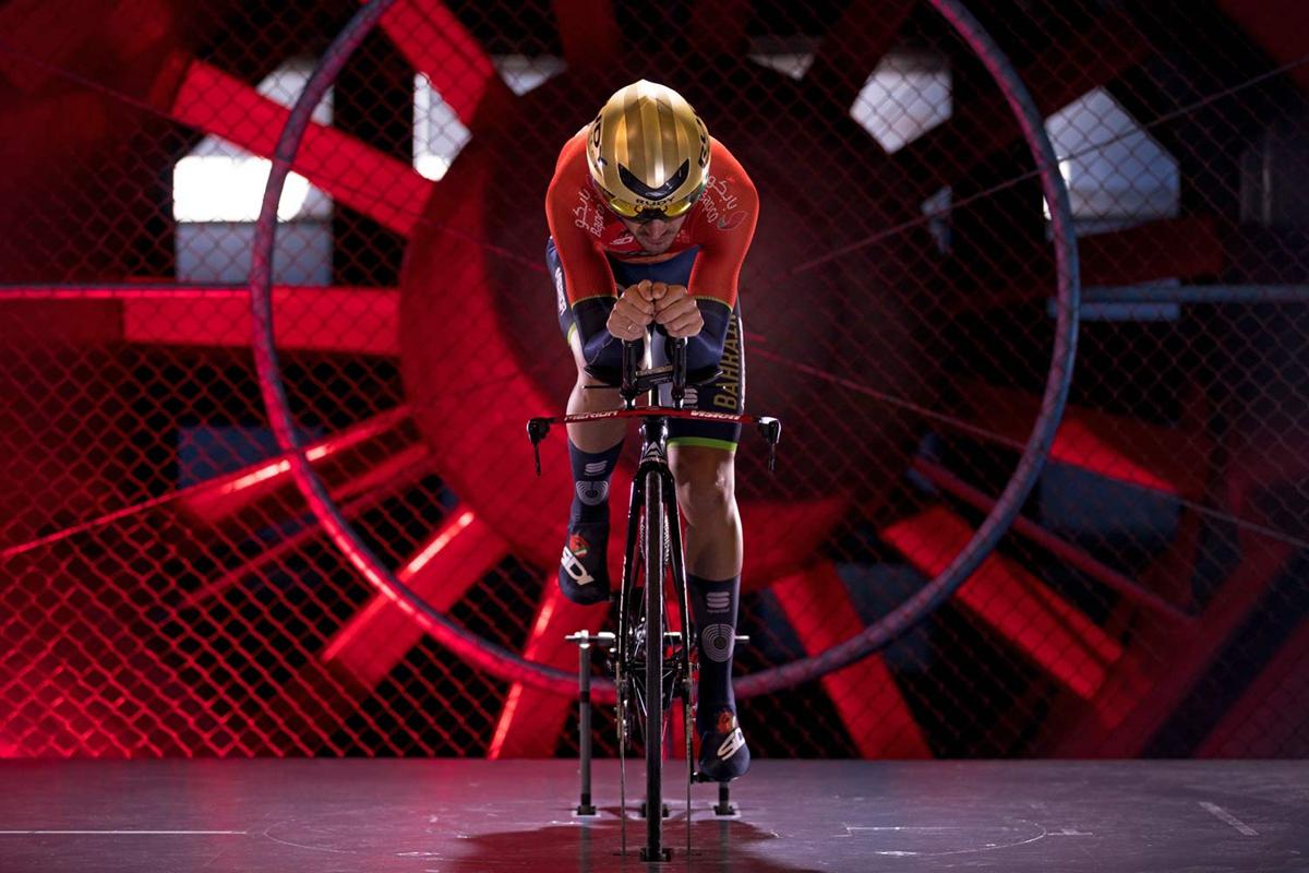Merida-Time-Warp-TT_rim-brake-carbon-time-trial-race-road-bike_wind-tunnel-profile.jpg