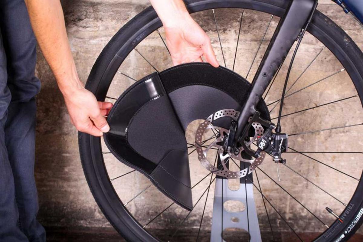 muc-disc-brake-covers-removing.jpg