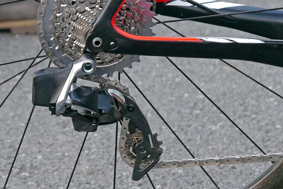 SRAM-Red-eTap-12-speed-CX-1x-prototype_Wout-van-Aert_Stevens-Super-Prestige-carbon-cylcocross-bike_UCICXWC-Tabor-World-Cup_rear-derailleur.jpg