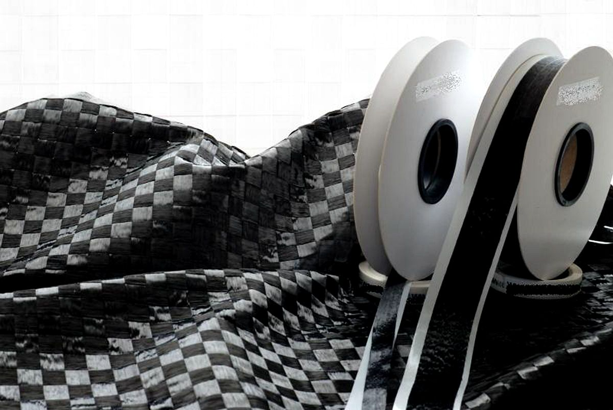 Textreme-Carbon-Fabrics-And-Texero-Ud-Tapes.jpg
