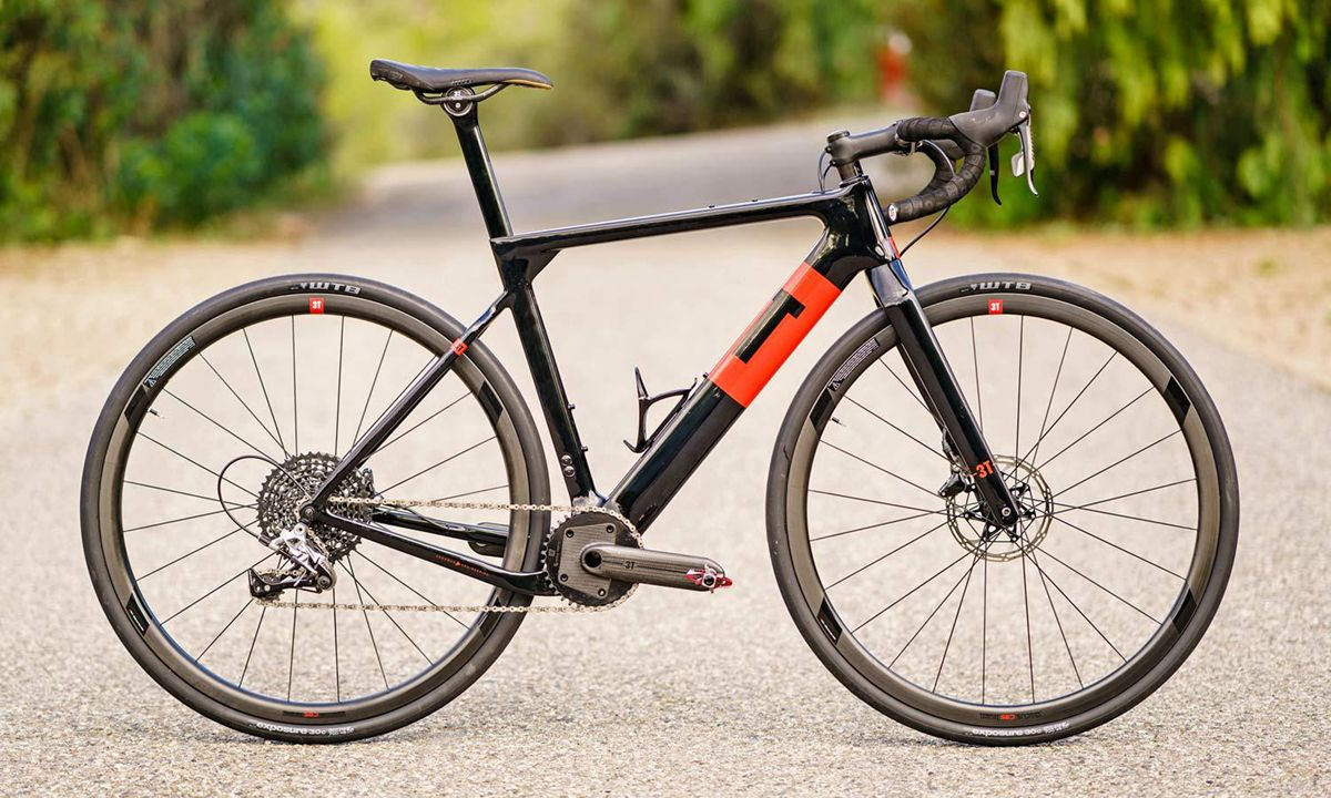 3T-Exploro-Speed_slick-tire-700c-carbon-1x-all-road-gravel-bikes_photo-by-Marc-Gasch_Team-Torno-complete.jpg