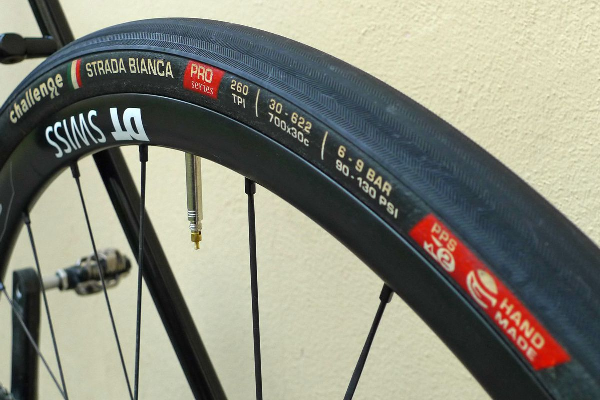 Challenge_Paris-Roubaix_27mm_wide-adventure-road-gravel-race-tire_rear.jpg