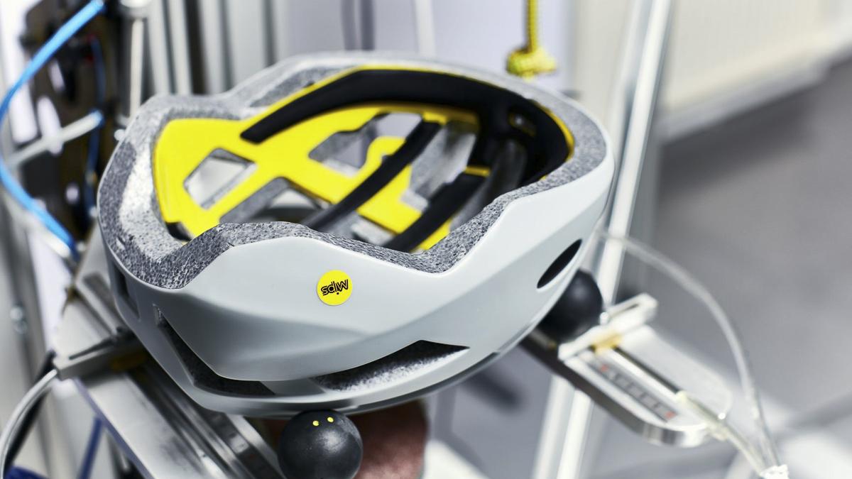 最安全的头盔测试 弗吉尼亚理工大学头盔实验室给出答案