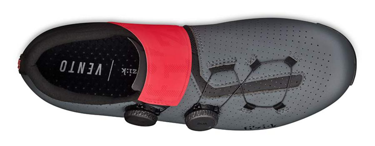 Fizik-Vento-Infinito-Carbon-2-road-shoes_lightweight-breathable-stiff-microtex-or-knit-road-racing-shoes_microtex-top.jpg