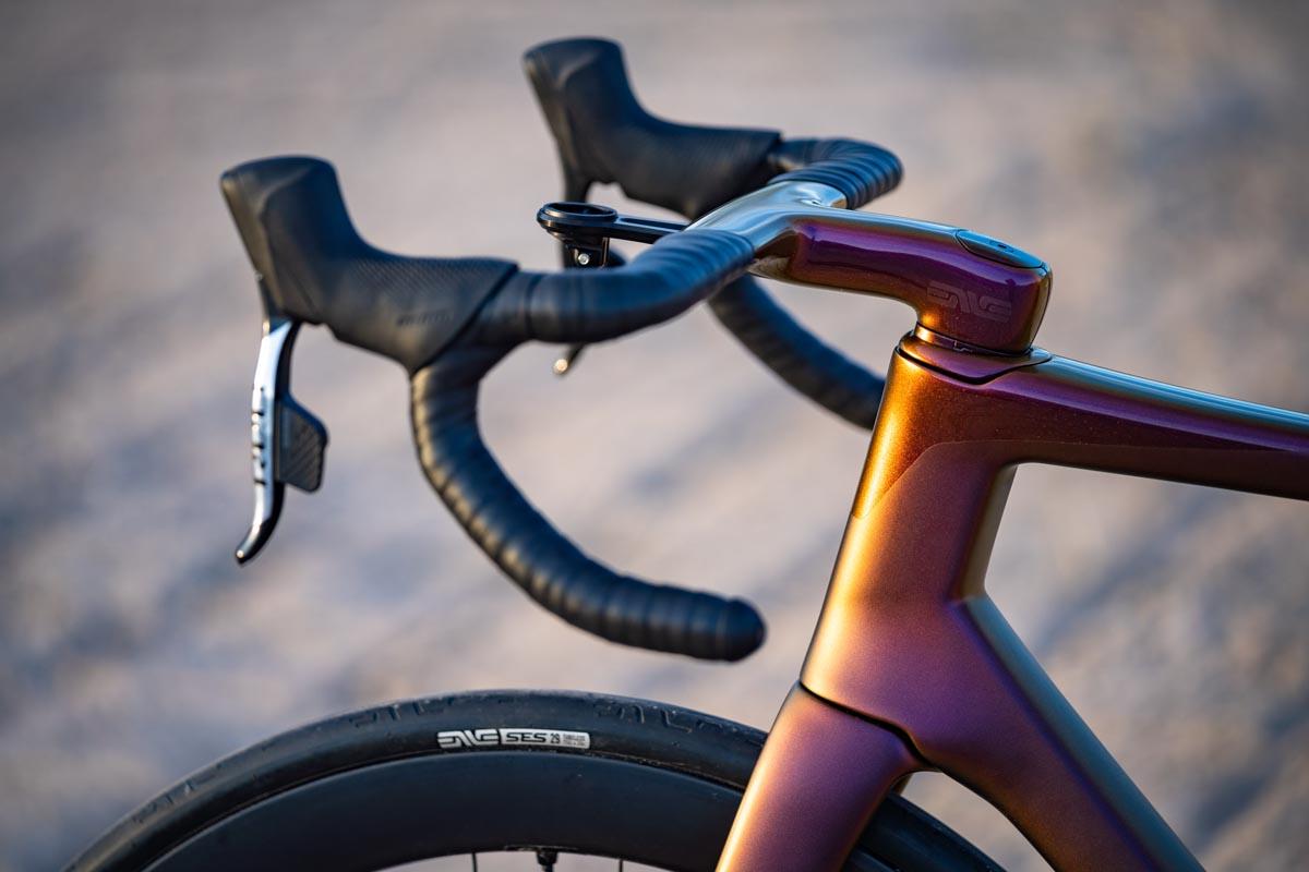 ENVE-Custom-Road-race-all-road-bike-made-in-the-US-carbon-fiber-124.jpg
