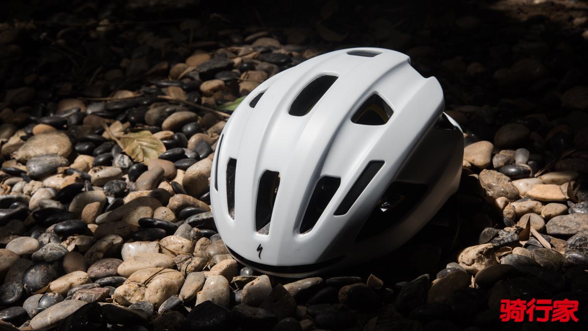 299元的闪电头盔居然还带MIPS!Specialized Align II MIPS骑行头盔